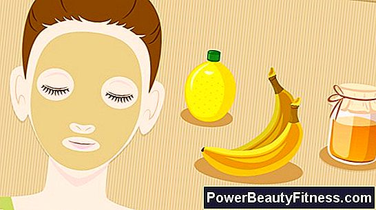 How To Prepare A Banana Facial Mask