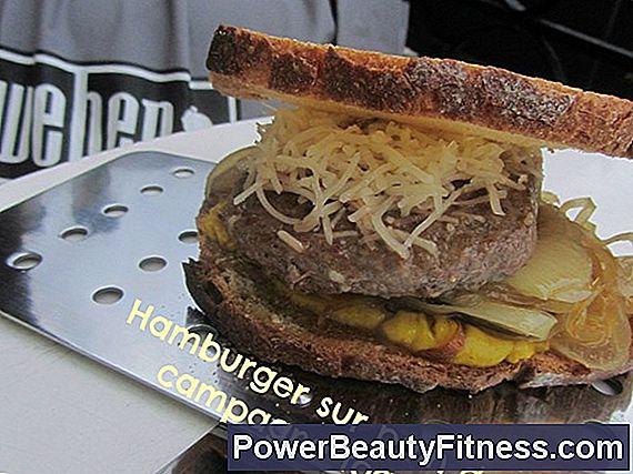 Come cucinare un tortino di hamburger congelati a una griglia george