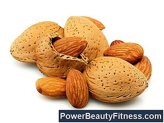 Do Almonds Cause Swelling?