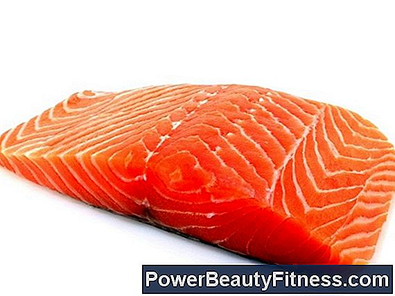 How Many Grams Of Protein Are In The Salmon?