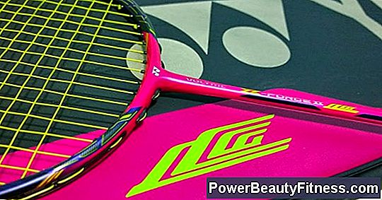 The 10 Best Badminton Rackets