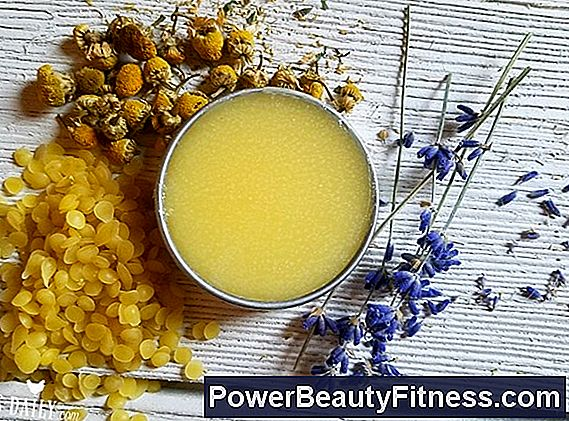 How To Use Chamomile To Treat Skin Inflammations
