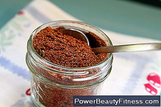 Cayenne Pepper Vs. Chili Powder