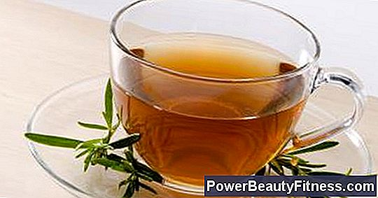 Herbal Teas That Are Good For The Skin