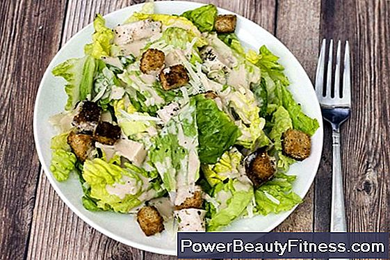 How Many Calories Are In The Caesar Salad Dressing?