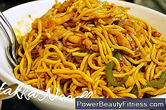 How To Cook Dehydrated Noodles To Make Chow Mein
