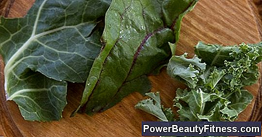 Nutritional Differences Between Cabbage, Kale And Swiss Chard