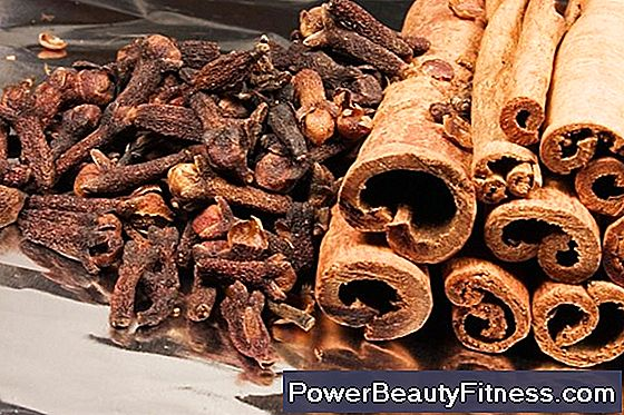 What Are The Physical Side Effects Of Cinnamon And Honey?