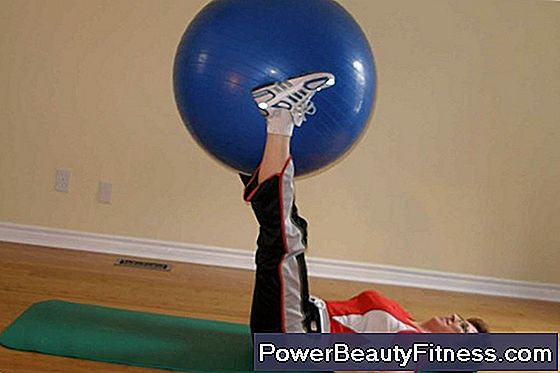 Abdominals With Swiss Ball