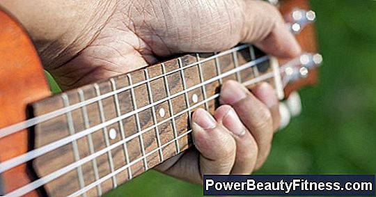 Guitar Exercises To Strengthen The Little Finger