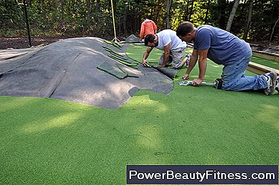 How To Build An Indoor Practice Putting Green