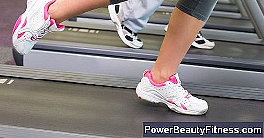 How To Remove The Belt From A Treadmill Weslo Cadence