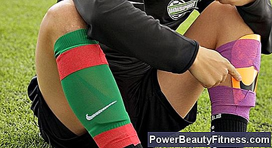 How To Tape The Shin Guards To Play Soccer