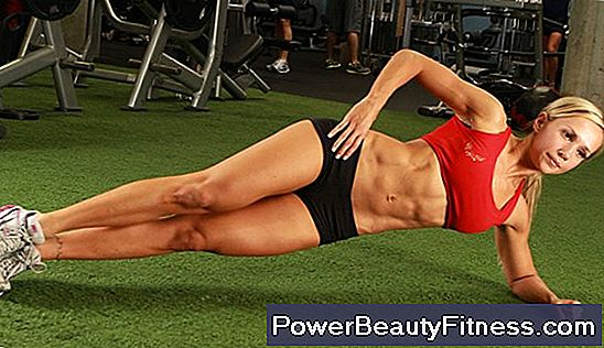 Training For Women To Tone Abdomen And Legs
