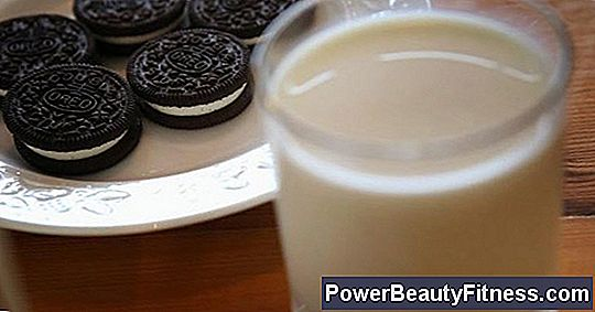 How Many Calories Are In An Oreo Cookie?
