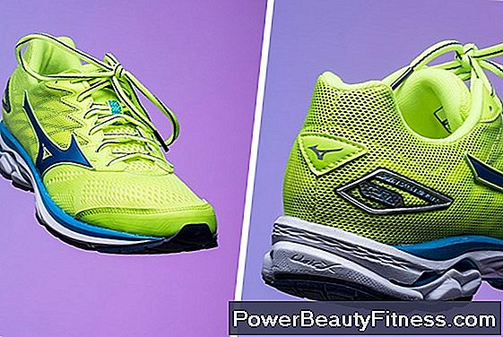 The Best Shoes To Play Tennis With Bunions